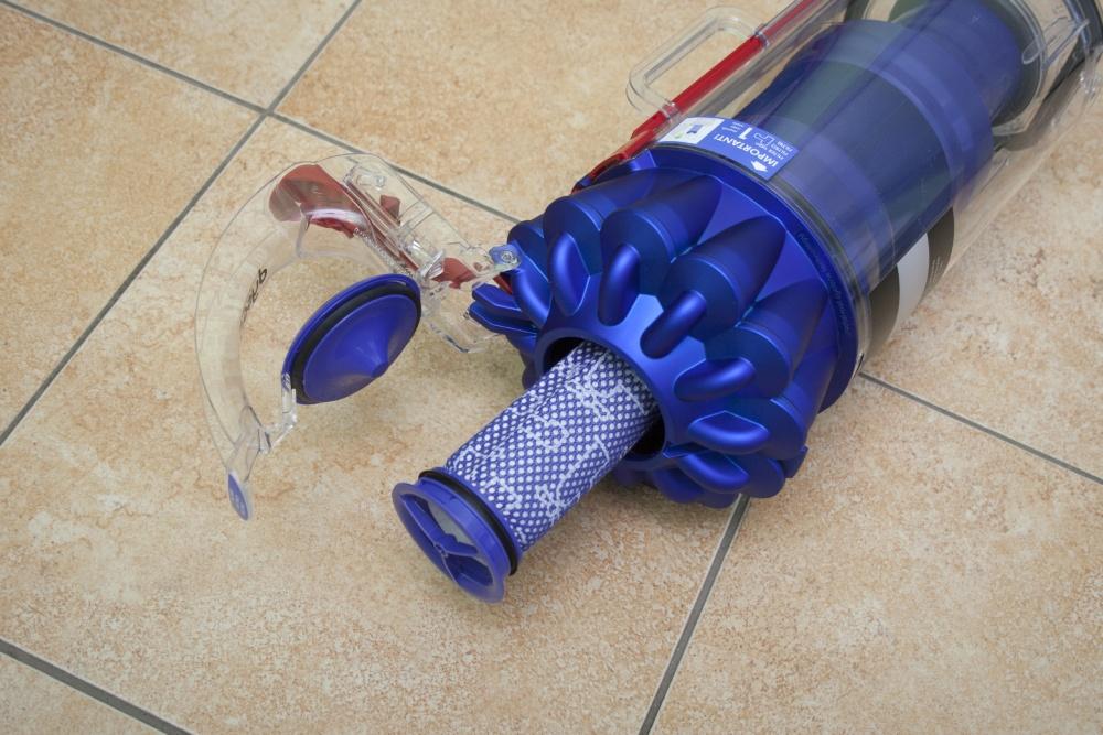 очистка фильтров пылесоса дайсон